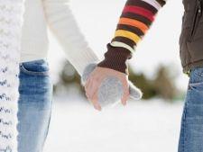 De ce ne tinem de mana. 5 motive pentru care adoram acest gest