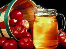 Cum sa iti mentii frumusetea cu ajutorul otetului de mere