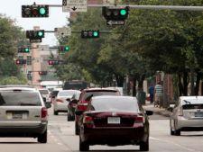 Cum iti poate afecta sanatatea culoarea rosie a semaforului? De ce ar trebui sa ocolesti intersectii