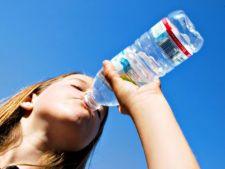 Ce se intampla cu corpul tau daca bei prea multa apa