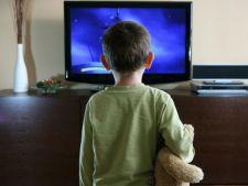 Televizorul, boala curata. Uite ce pot pati copiii!