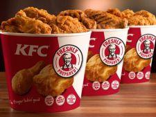 Reportaj BBC. Puii de la KFC, crescuti in conditii greu de imaginat!