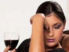 S-a descoperit antidotul mahmurelii: vinul care nu da dureri de cap