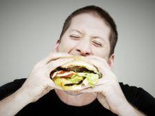 Dusmanul dietelor a fost descoperit. Iata de ce nu poti slabi!
