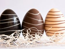 oua invelite in ciocolata