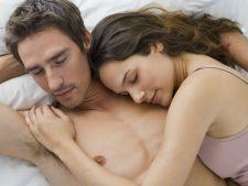 Studiu. Cuplurile care fac sex de doua ori pe saptamana castiga mai multi bani