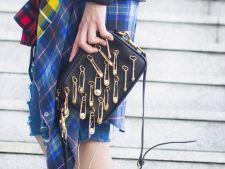 DIY. Acele de siguranta, accesoriile cu care schimbi rapid aspectul hainelor