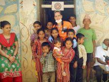 Fabuloasa poveste a romanului care si-a amanetat tot ca sa ajute sinistratii din Nepal