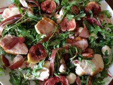 salata pui smochine