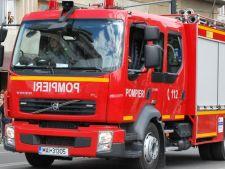 Hala Obor, in flacari! Pompierii intervin cu 12 autospeciale