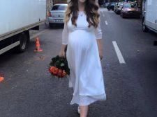 Adela Popescu a ajuns sa vorbeasca singura pe strada! Cu cine vorbeste vedeta