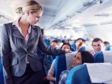 Placi cu avionul in concediu? 5 lucruri pe care nu stiai ca le poti cere stewardezelor