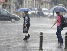 Atentionarea ANM! Cod portocaliu de ploi si furtuni!