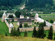 Top trei manastiri pe care sa le vizitezi in aceasta vara
