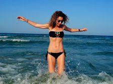 """Carmen Bruma: """"Purtarea ochelarilor de soare cand intri in apa nu este o fita"""""""