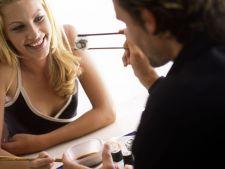 6 lucruri pe care si le doreste o femeie la prima intalnire