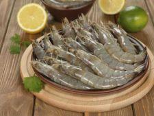 Cum alegi crevetii proaspeti si cum ii pregatesti pentru preparare