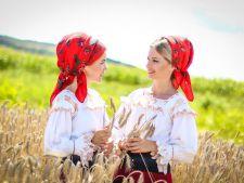 Interviu Acasa.ro | Suzana si Daciana Vlad, despre frumusetea traditiilor romanesti