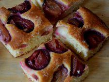 prajitura prune