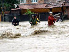 Prapad in Galati! 1.000 de oameni, evacuati! VIDEO