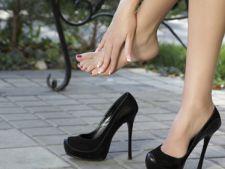 Pantofii cei noi iti provoaca rani? Iata ce trebuie sa faci