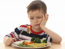 copil alimentatie