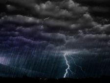 Precipitatii insotite de descarcari electrice