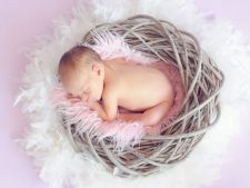 Ingrijire naturala pentru un bebe sanatos si fericit