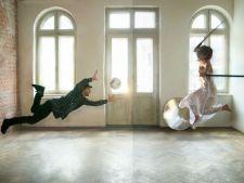 Tinerii pasionati de arta isi expun creatiile in cadrul expozitiei
