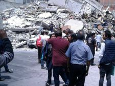 Cutremur de 7 grade! Peste 300 de morti! Reactia MAE
