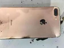 Incredibil! Iphone 8 explodeaza