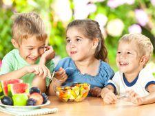 7 greseli pe care parintii le fac in alimentatia copilului. Tu le faci?