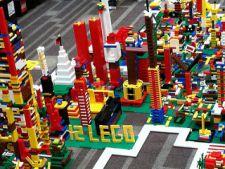 Toysmall - Activitatea principala a copiilor este jocul