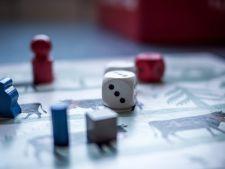 3 jocuri perfecte pentru stimularea inteligentei celui mic