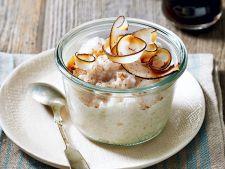 Budinca de orez cu nuca de cocos, un desert delicios pe care trebuie sa-l incerci