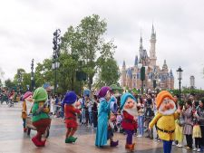 Fa-ti cumparaturile de Paste si poti castiga o excursie la Disneyland Paris