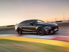 Mercedes-AMG GT 63 S ia cu asalt Nürburgring-ul VIDEO