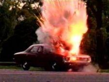 631265 0901 explozie masina2