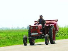 478706 0811 fermier tractor