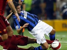 438784 0810 chivu vs roma
