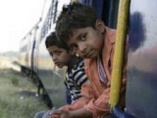 Copiii din Slumdog Millionaire se zbat in mizerie si saracie