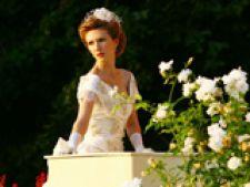 Dragostea tine cu Adela Popescu