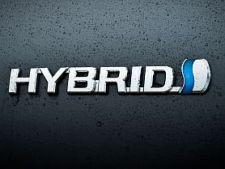 Hybrid-Toyota-Mazda