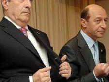 <b>Presa de azi:</b> Premierul taie taxa auto, presedintele isi taie masina