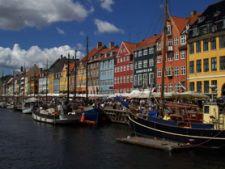 Viziteaza Copenhaga, un oras regal strajuit de o sirena