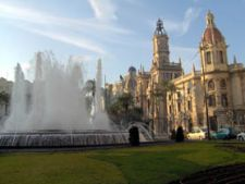 Cum sa vizitezi Valencia cu bani putini