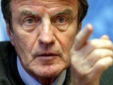 478533 0811 Bernard Kouchner