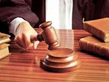 438811 0810 ciocan judecator