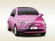 Fiat 500 roz Barbie geneva