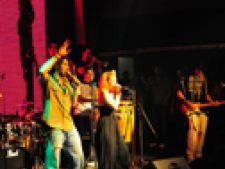 El Negro in concert